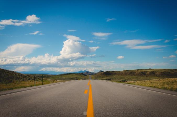 road-850106_1920